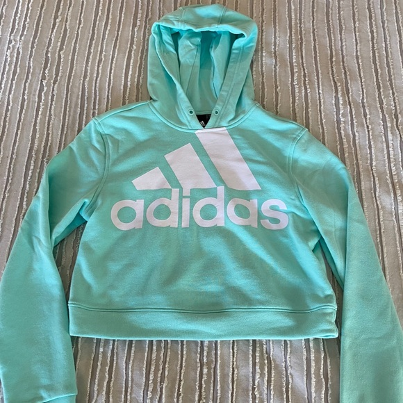 Adidas Crop Sweatshirt Size Medium